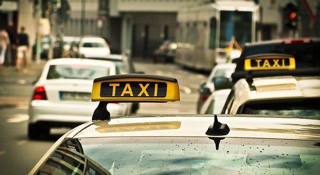Guide pour trouver un taxi à Nantes rapidement